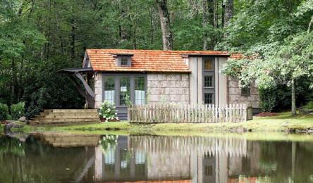 Ngôi nhà vườn 43m2 đẹp như mơ cho gia đình 4 người